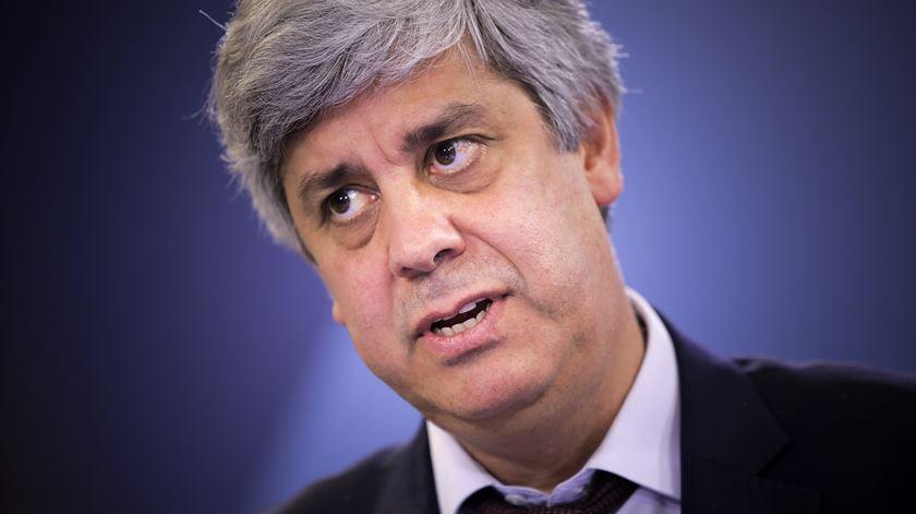 """Mário Centeno: """"Governo deverá continuar a reduzir legislativamente os impostos"""""""