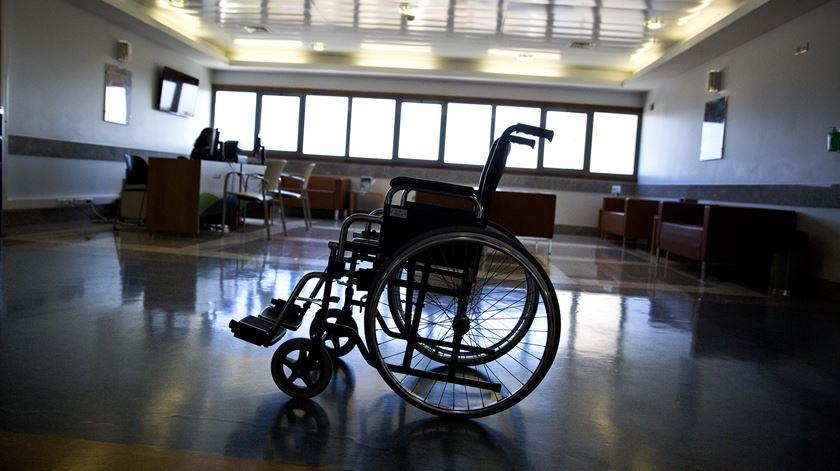 """PS desvaloriza falta de estudo sobre eutanásia e diz que só se conhece o impacto da lei """"criando a possibilidade"""""""