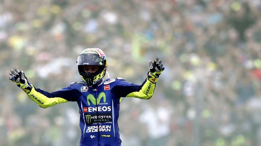 Moto GP. Valentino Rossi regressa às vitórias um ano depois
