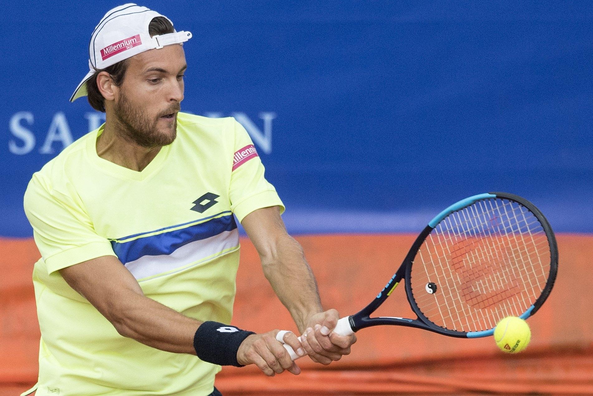 João Sousa na segunda ronda do torneio suíço de Gstaad