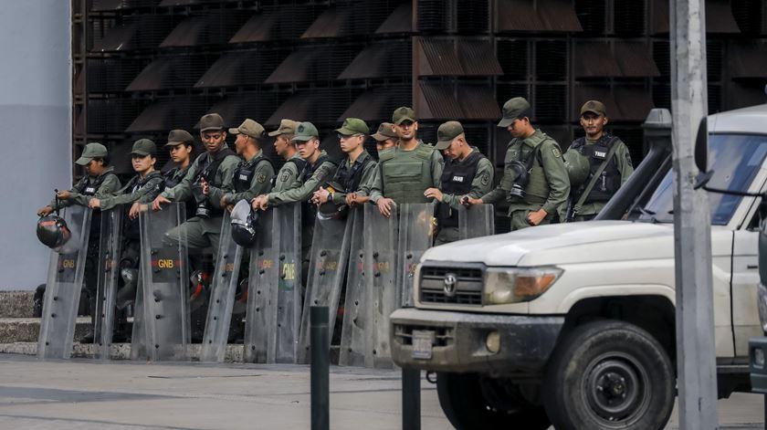 Bispos já tentaram dizer ao Governo que está no caminho errado, mas este não escuta. Foto: Miguel Gutierrez