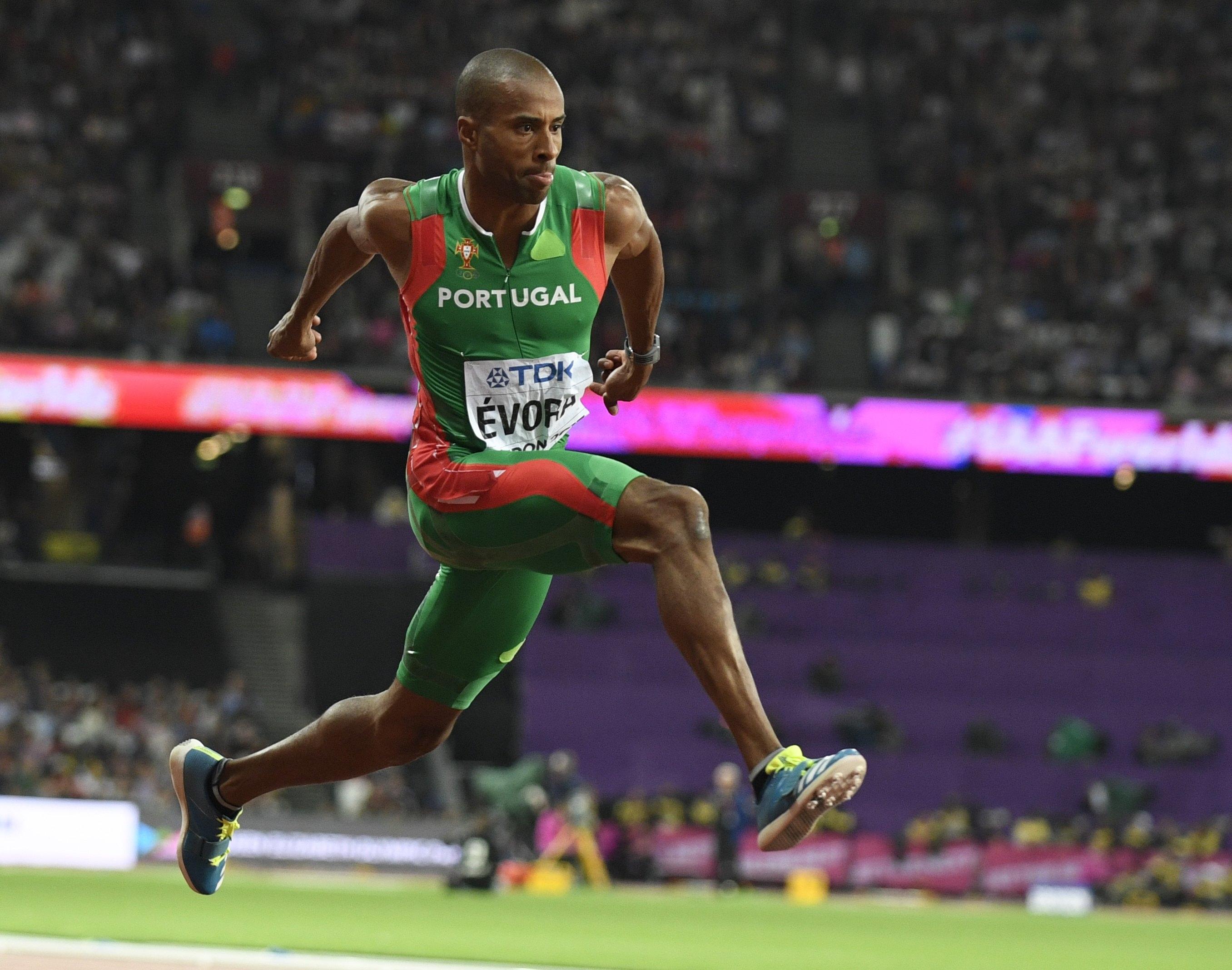 Resultado de imagem para Nelson Évora é vice-campeão europeu de triplo salto