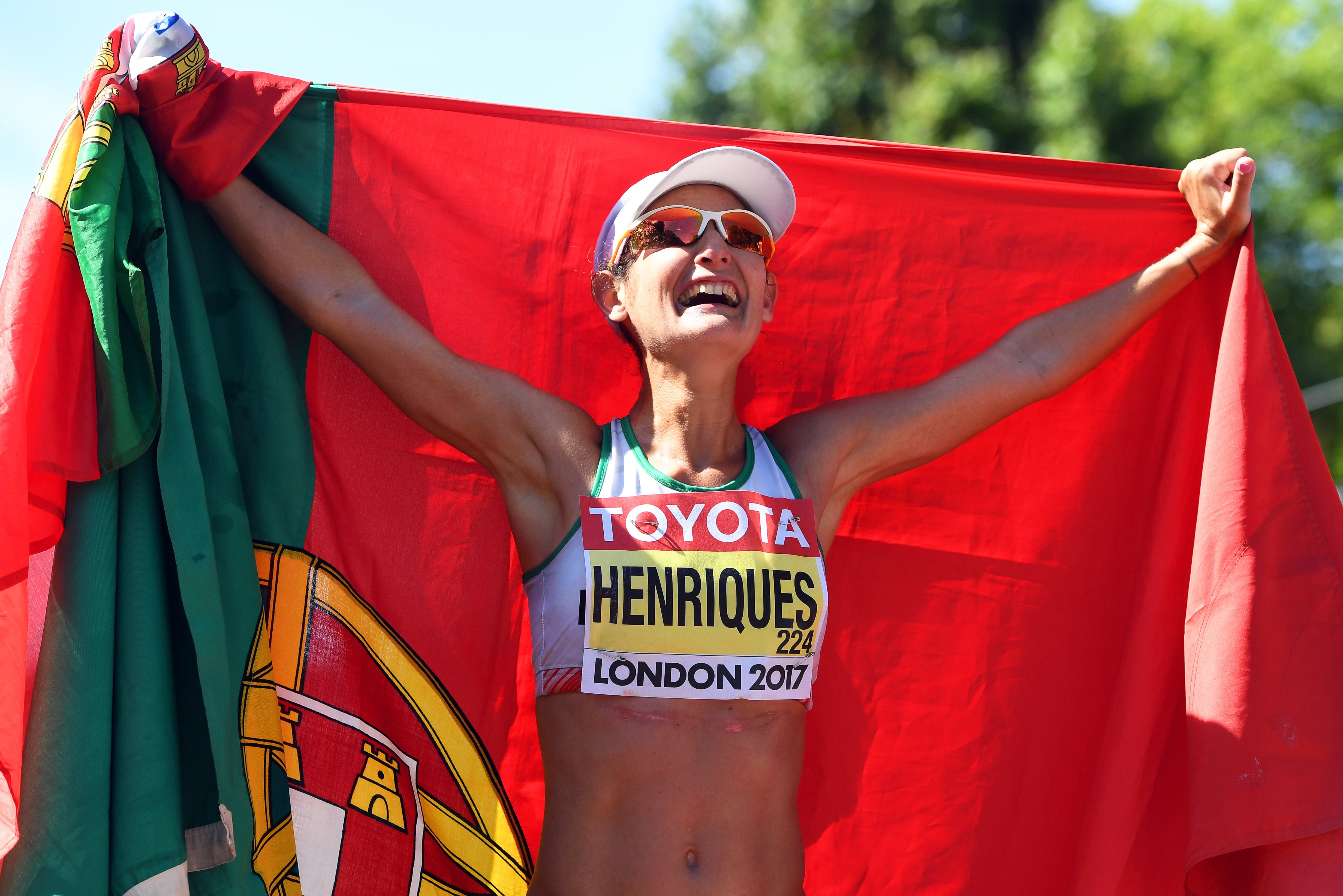 Ouro e recorde do mundo para Inês Henriques
