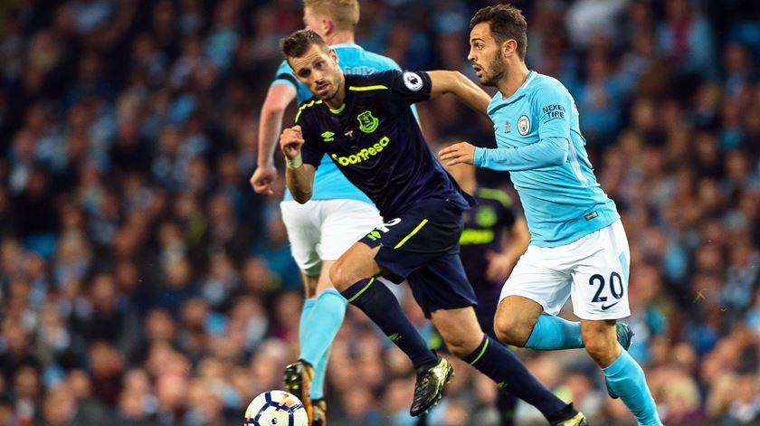 Bernardo Silva suplente no empate do Manchester City