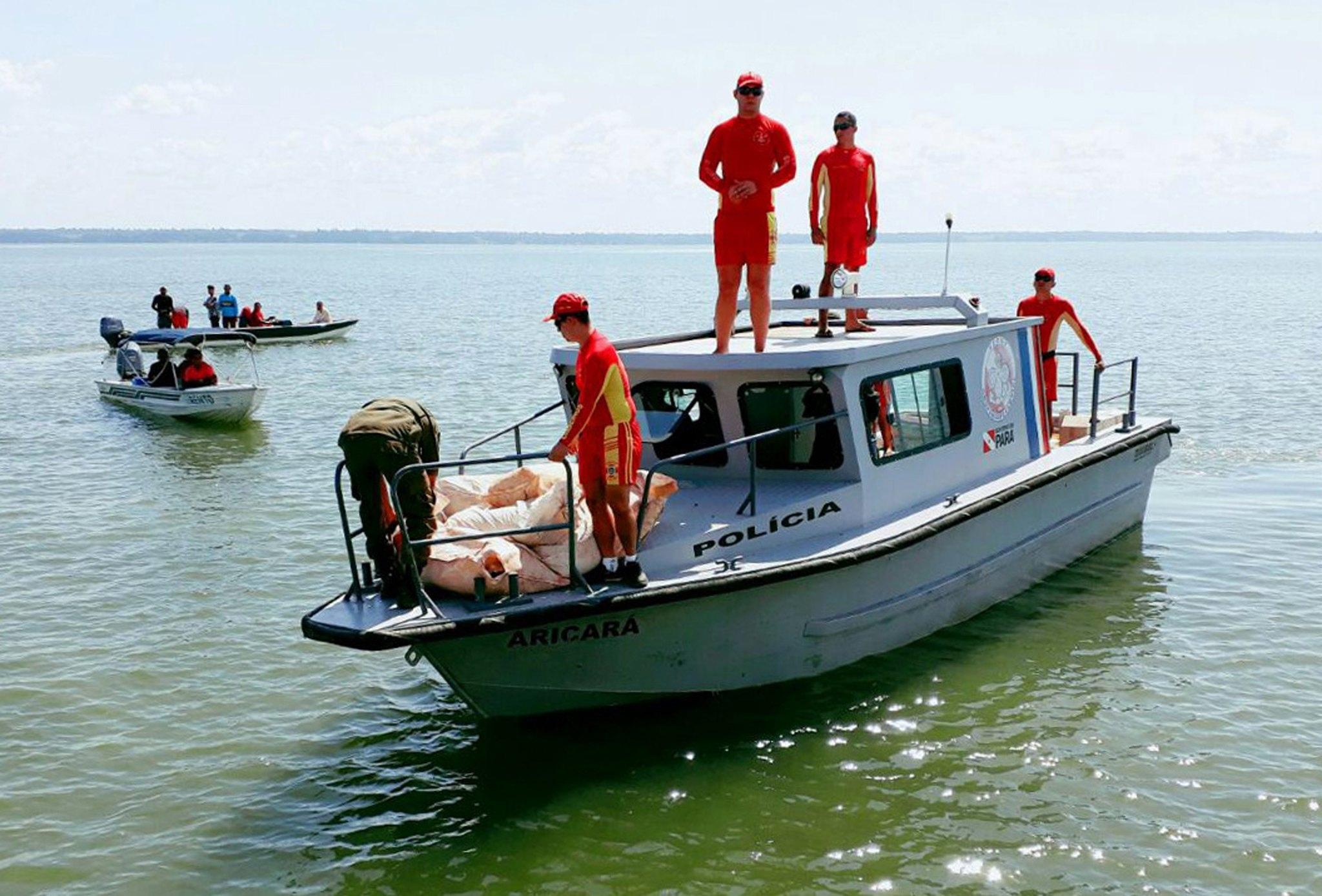 Cinco mortos em naufrágio junto a Salvador da Baía