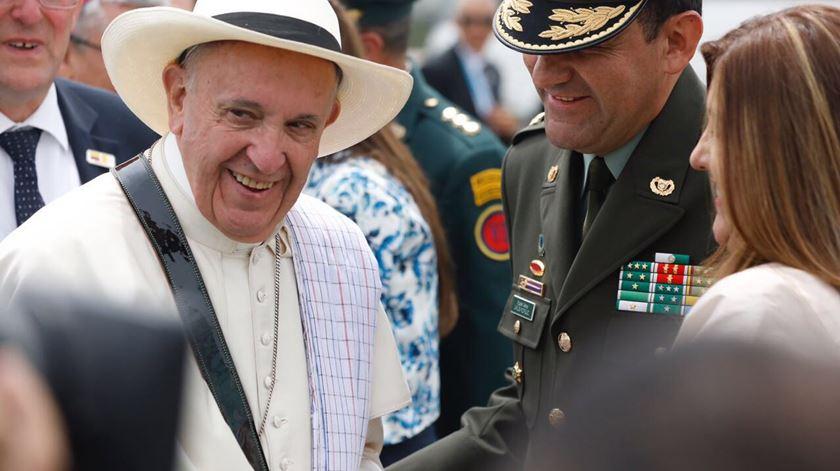 Francisco foi à Colômbia apontar caminhos: paz, perdão, reconciliação