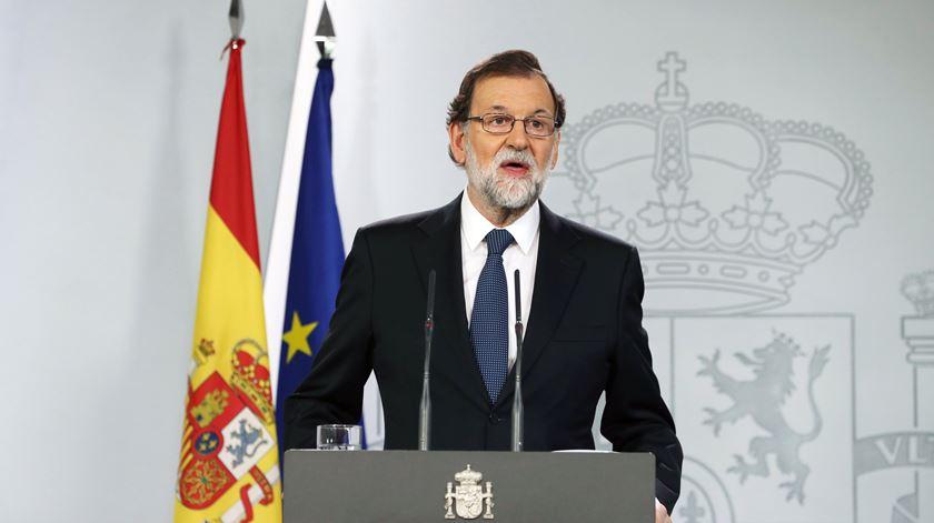 Madrid não cede a ameaças e avança para artigo 155º
