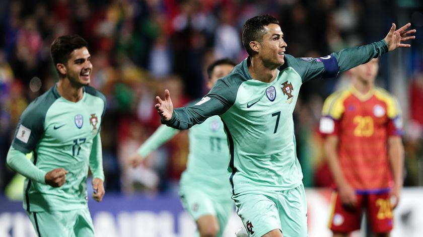 Ronaldo desbloqueou. O relato dos golos do Andorra-Portugal