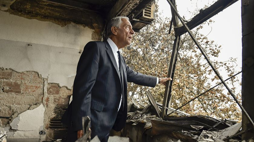 Marcelo Rebelo de Sousa, incêndio Oliveira de Frades. Foto: Nuno André Ferreira/EPA