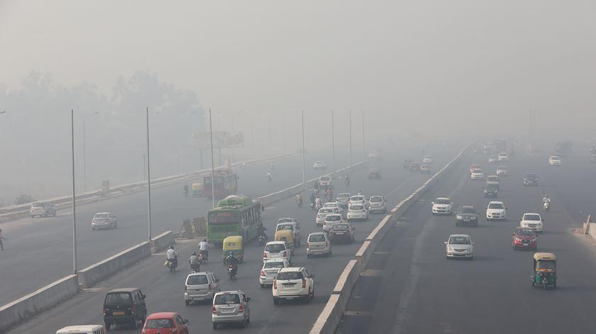 Bruxelas convoca nove países por incumprimento da qualidade do ar