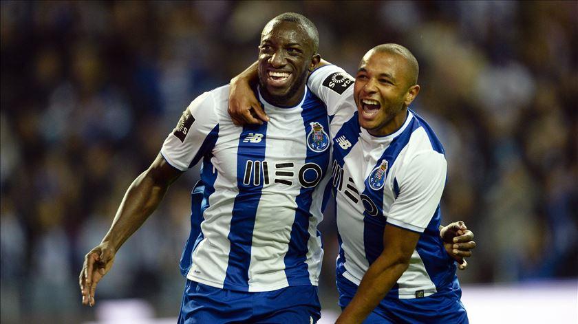 FC Porto. Marega continua à parte, Brahimi volta a treinar
