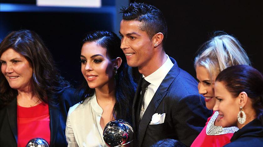 """Ronaldo e os prémios. Um hábito que dá """"muito trabalho"""""""