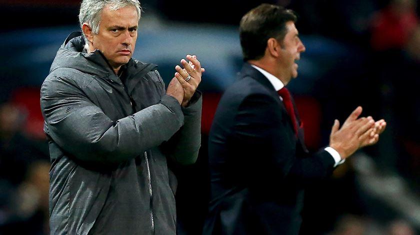 """Mourinho e uma renovação fácil. """"Temos muito tempo"""""""