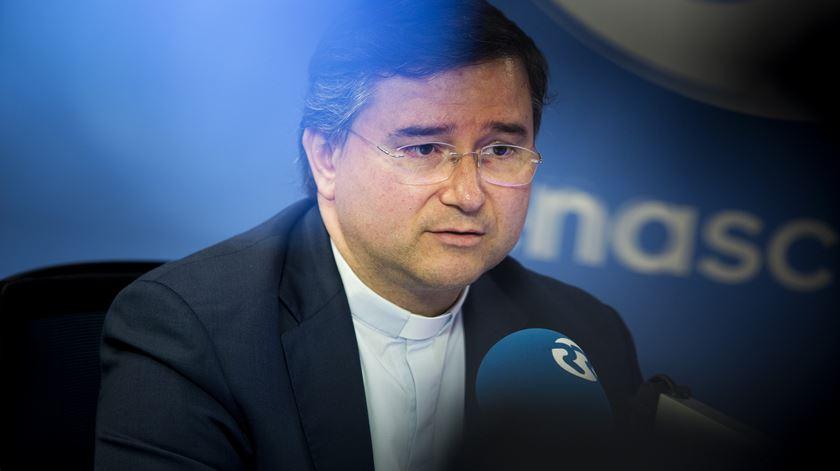"""Novo bispo auxiliar de Lisboa diz que é preciso """"monitorizar"""" os media"""