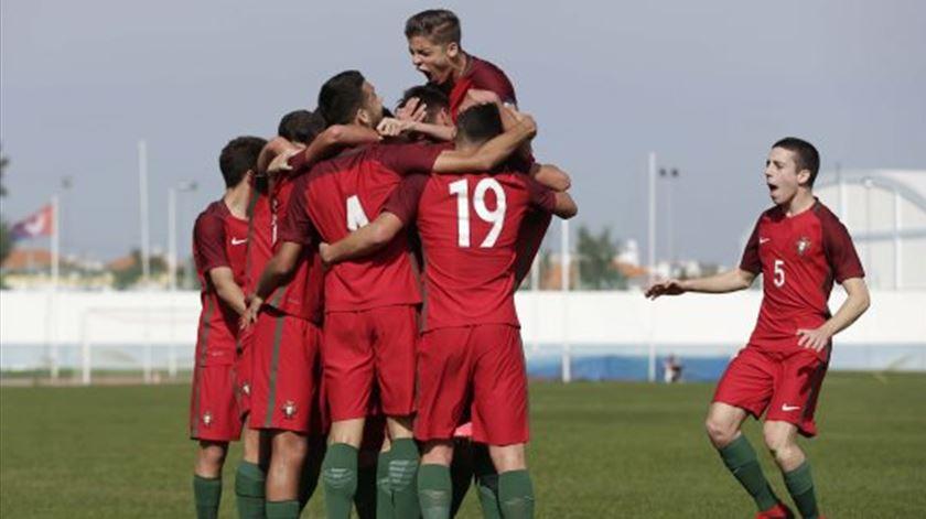 Sub-16. Portugal entra a ganhar em torneio da UEFA