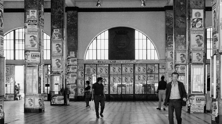 Vista interior da estação Sul e Sueste, 1976.Foto: Associação  de Turismo de Lisboa