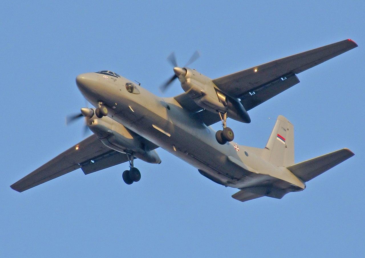 Avião de transporte militar russo cai na Síria matando 32 pessoas