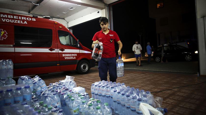 Abastecimento de águas no quartel dos Bombeiros Voluntários de Vouzela