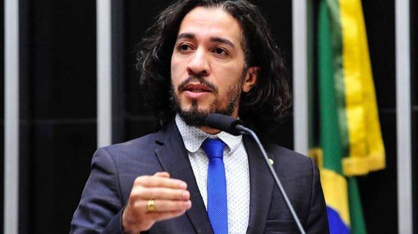 Amnistia considera que ameaças a deputado refletem discurso de ódio no Brasil