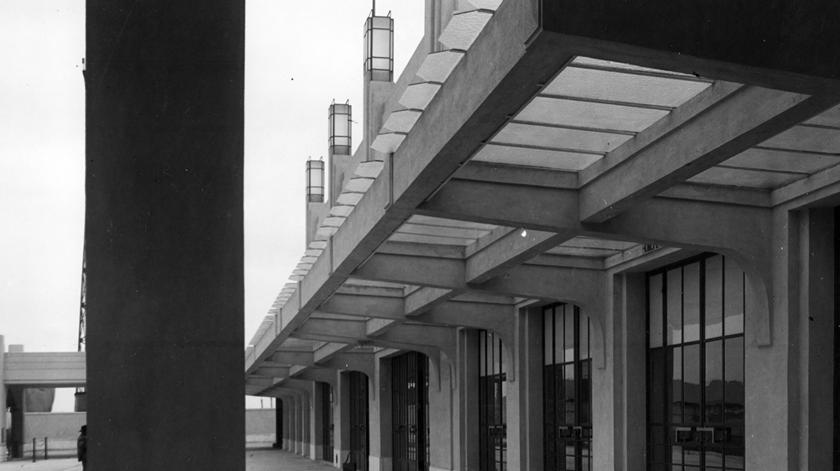 Vista da Fachada Sul da Estação Sul e Sueste, 1932. Foto: Associação de Turismo de Lisboa