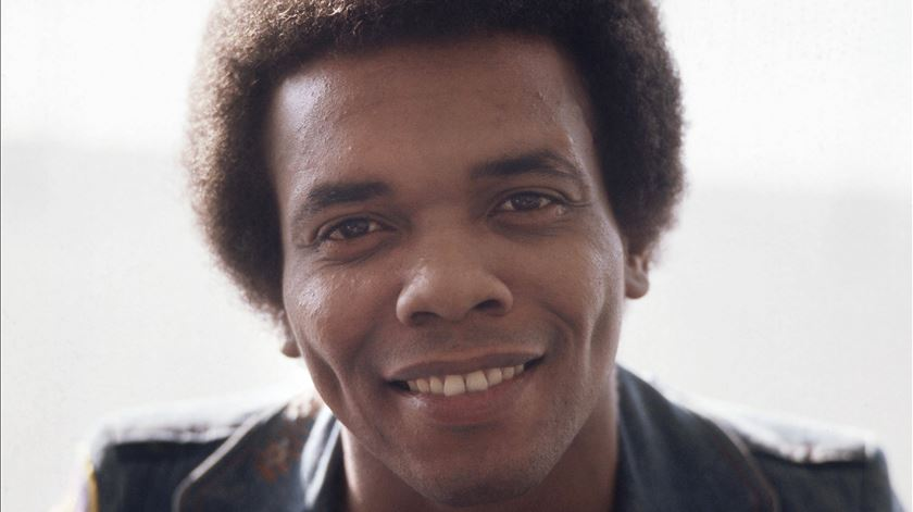 """Morreu Johnny Nash, autor de """"I Can See Clearly Now"""""""