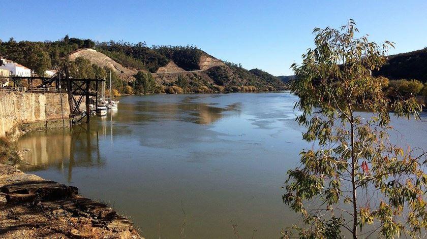 Autoridades portuguesas e espanholas procuram homem desaparecido no rio Guadiana