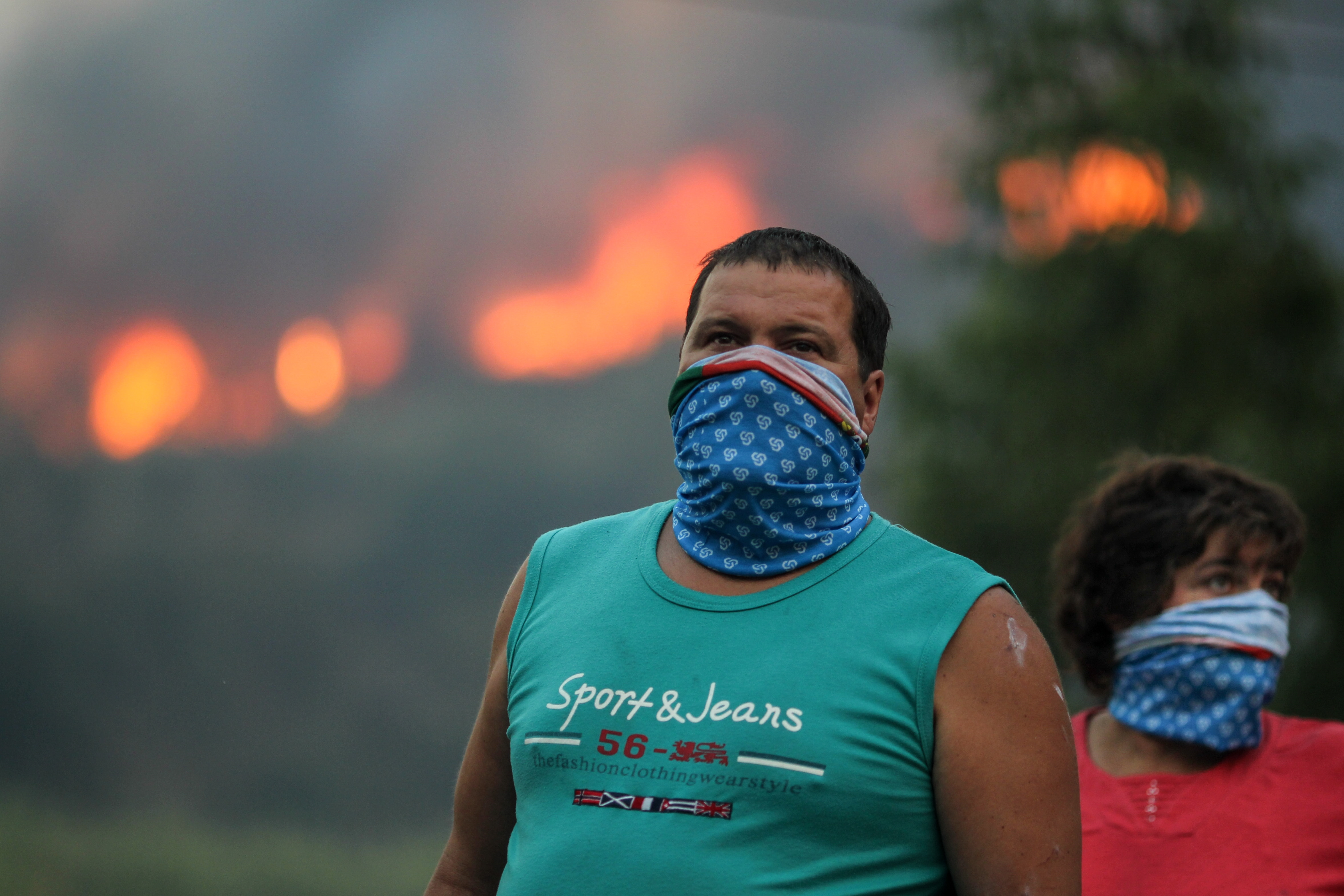Incêndios ativos na Mealhada, Abrantes e Grândola