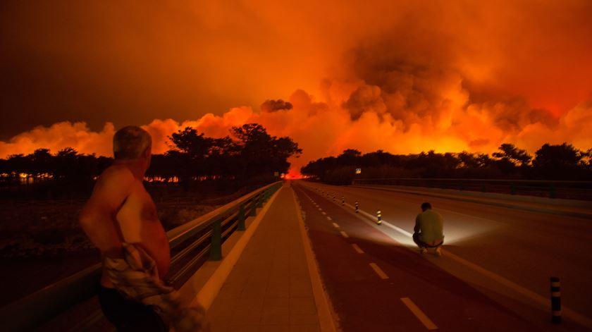 """O """"pior dia do ano"""" em incêndios visto pelas redes sociais"""