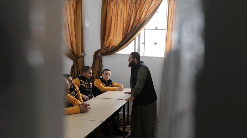 Em Aleppo foi criado o Centro Sírio de Combate às Ideologias Extremistas para ajudar a reintegrar ex-jihadistas. Foto: Khalil Ashawi/Reuters