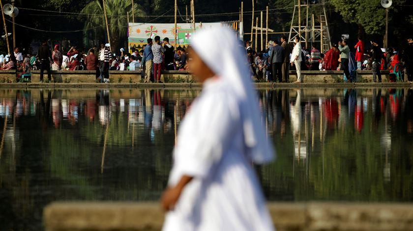 Papa na Ásia. Imagens de uma viagem colorida que não escondeu o drama dos rohingya