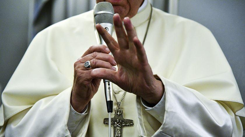 Papa explica porque não mencionou os rohingya nos discursos em Myanmar