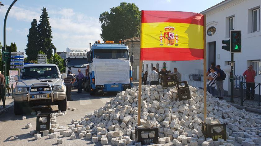 Se a Caixa fechar, a vila de Pedras Salgadas vira-se para Espanha