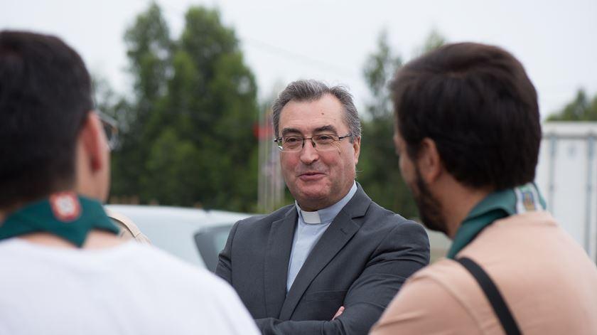 """Bispo do Porto convida a """"dar ternura a quem precisa dela"""" neste Natal"""