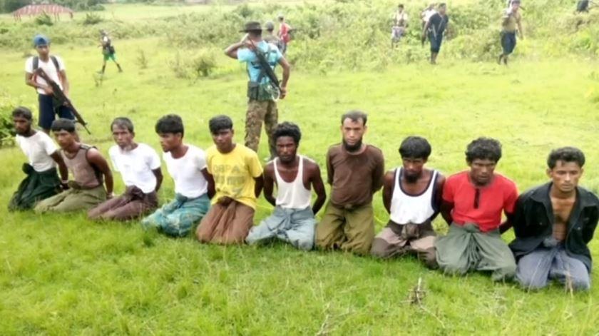 Reuters denuncia massacre de Rohingya. Autoridades prendem 16 soldados