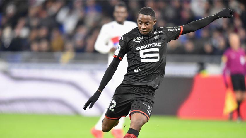FC Porto terá cinco milhões para garantir médio do Rennes