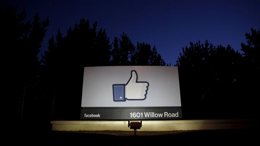 Facebook, Cambridge Analytica e Kogan assumem responsabilidades, mas negam ter culpas do uso de dados
