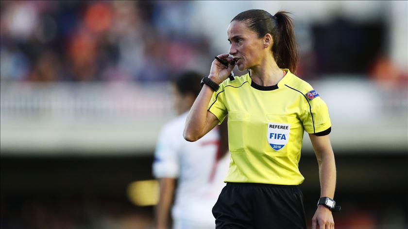 Árbitra portuguesa na Liga dos Campeões feminina