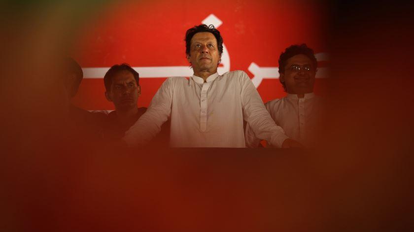 Paquistão compara resposta internacional a Caxemira com ascensão do nazismo