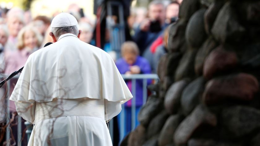 Papa visita antiga prisão do KGB na Lituânia