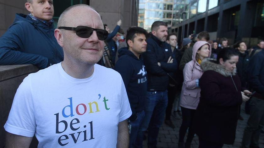 Funcionários da Google manifestam-se contra assédio sexual