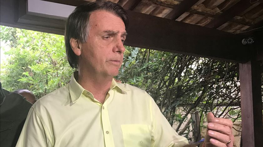 Bolsonaro dá total liberdade a Moro para o combate à corrupção