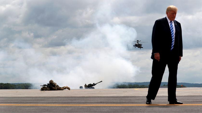 """Trump sobre potencial conflito militar com o Irão: """"Não duraria muito tempo"""""""