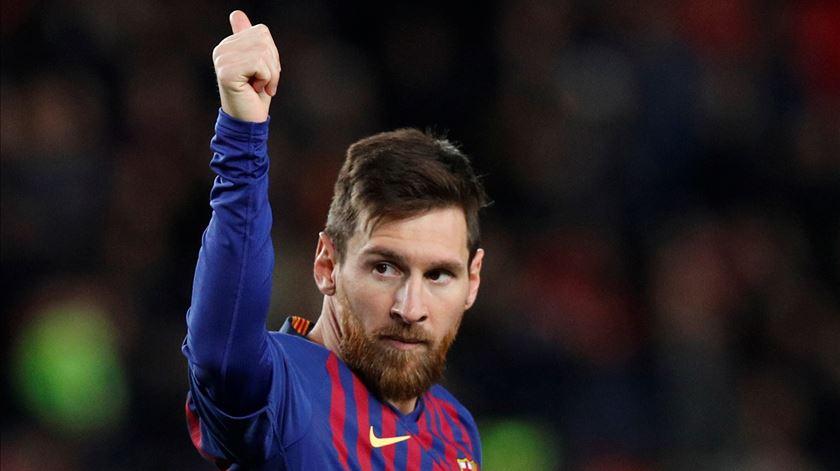 A celebração discreta de Messi para um momento tão grande. Foto: Albert Gea/Reuters
