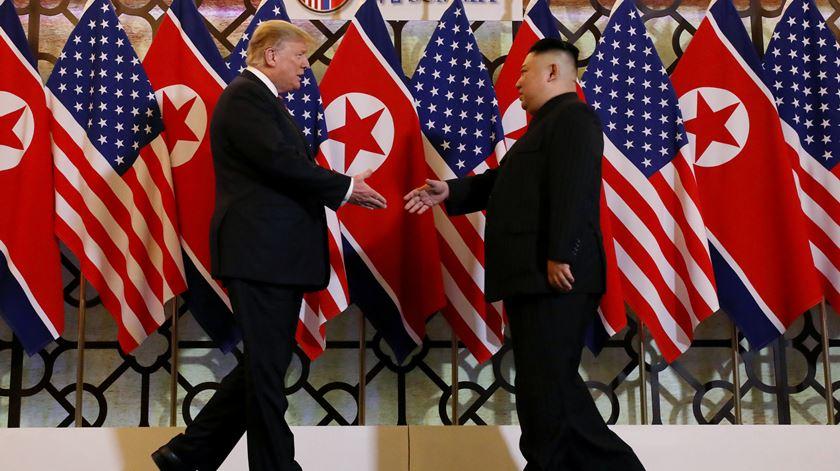 Trump promete apoiar fortalecimento económico da Coreia do Norte