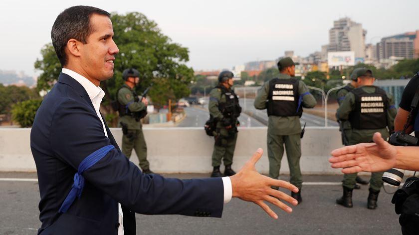 Venezuela. Guaidó admite pedir intervenção militar dos EUA
