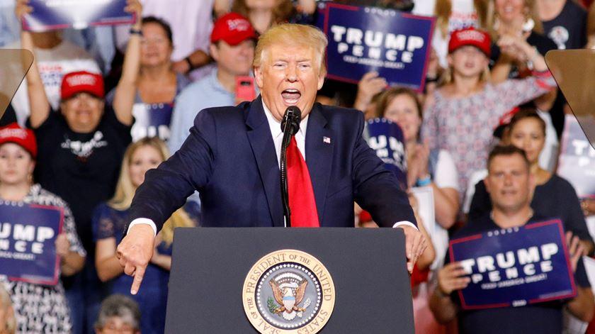 Trump baralha geografia e promete construir muro dentro do próprio país