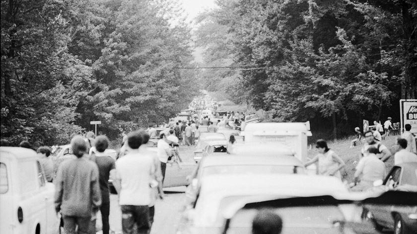 Trânsito no Festival Woodstock, em 1969. Foto: Reuters