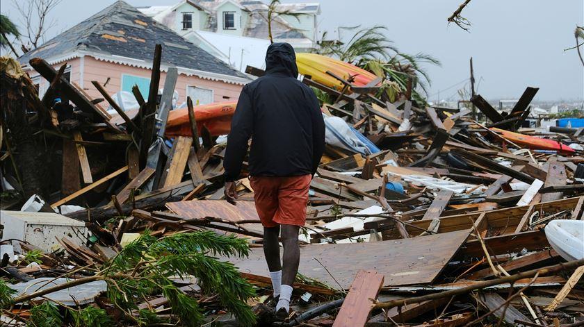 Furacão Dorian. Número de desaparecidos nas Bahamas desce para 1.300