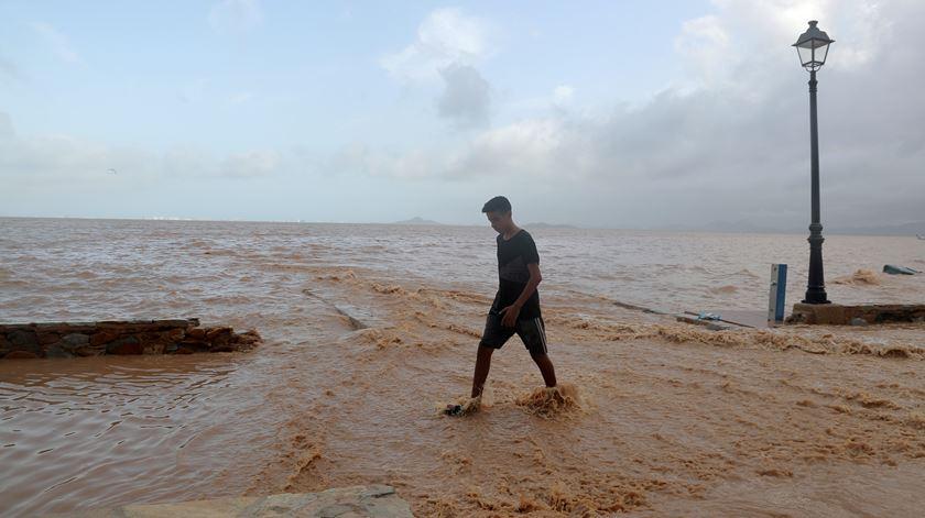 """Chuvas torrenciais no sul de Espanha são """"situação dramática"""""""