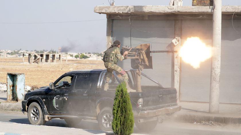 Confrontos entre Síria e Turquia perto de Ras al-Ain
